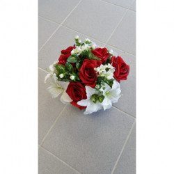 Fleurs artificielles en pot