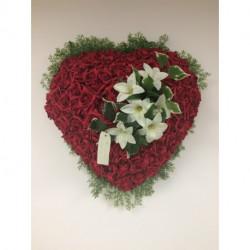 Coeur de roses roses artificielles