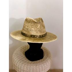 Chapeau en paille doré